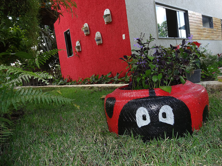 recycled tires, gardening, repurposing upcycling
