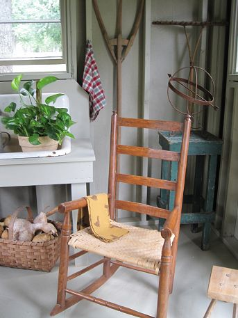 open rafters in garden house, home decor