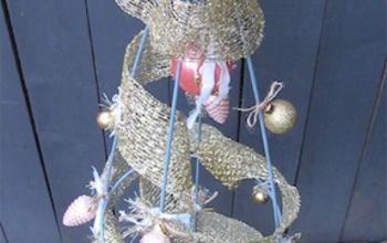 Re-purposing a Tomato Cage Into a Christmas Tree