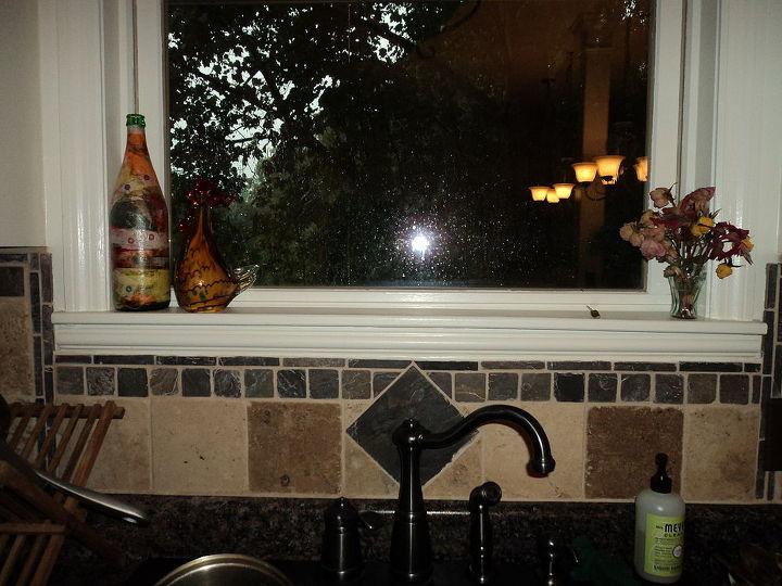 It was raining, my window is not that dirty, I swear! :)