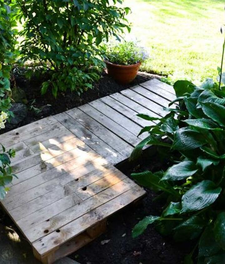 The pallets were then tucked into place.