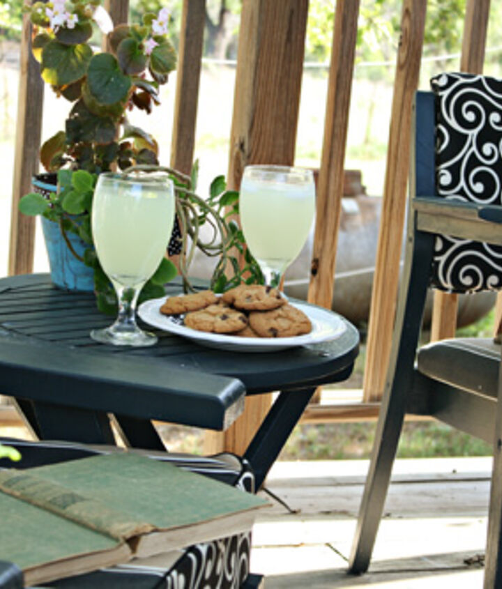 a 25 little deck makeover, decks, outdoor furniture, outdoor living, painted furniture