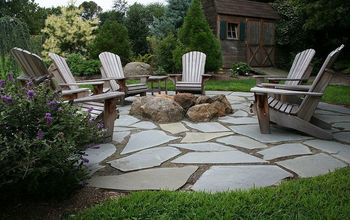 Natural Flagstone Patio & Fire Pit