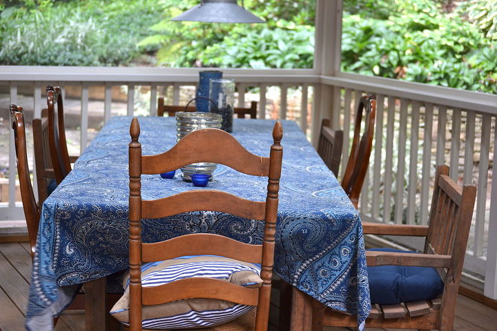 Screened-In Porch {dining table and light fixture}