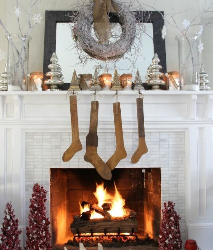 Glitz and rustic combine http://eclecticallyvintage.com/2012/11/winter-white-christmas-mantel/