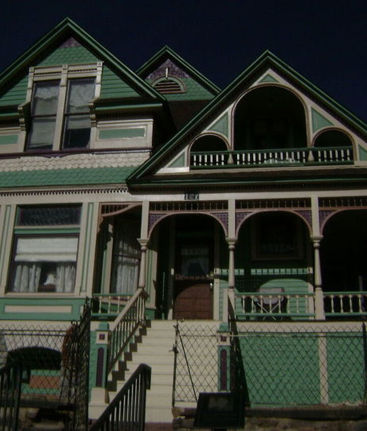 a buffet of victorian houses in cripple creek colorado, architecture