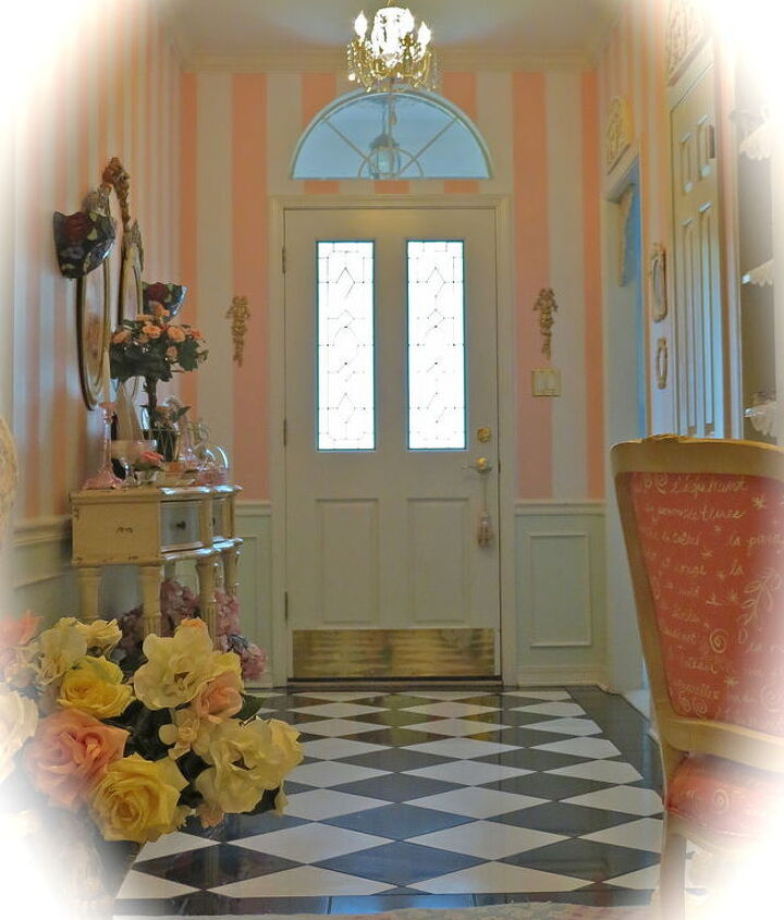 painted stripes in foyer, foyer, painting