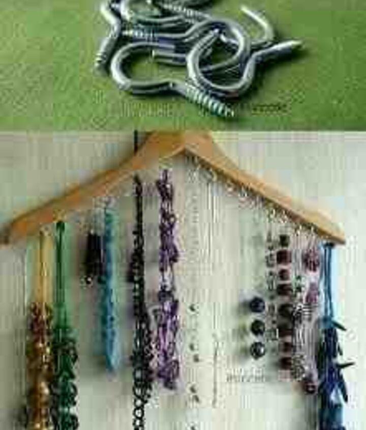 Easy necklace storage
