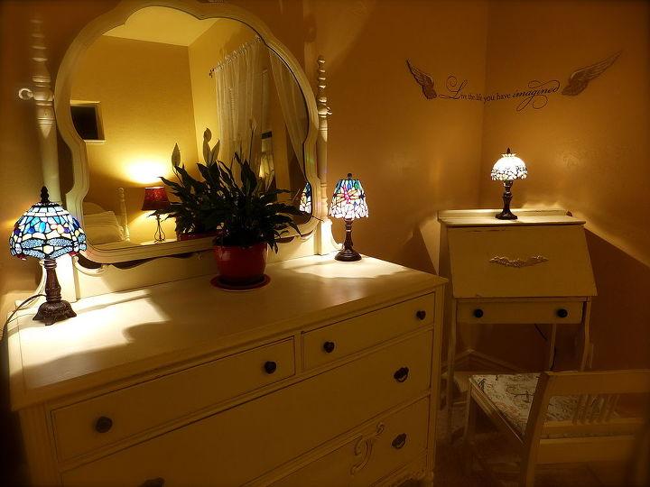 guest bedroom gone vintage, bedroom ideas, home decor, painted furniture