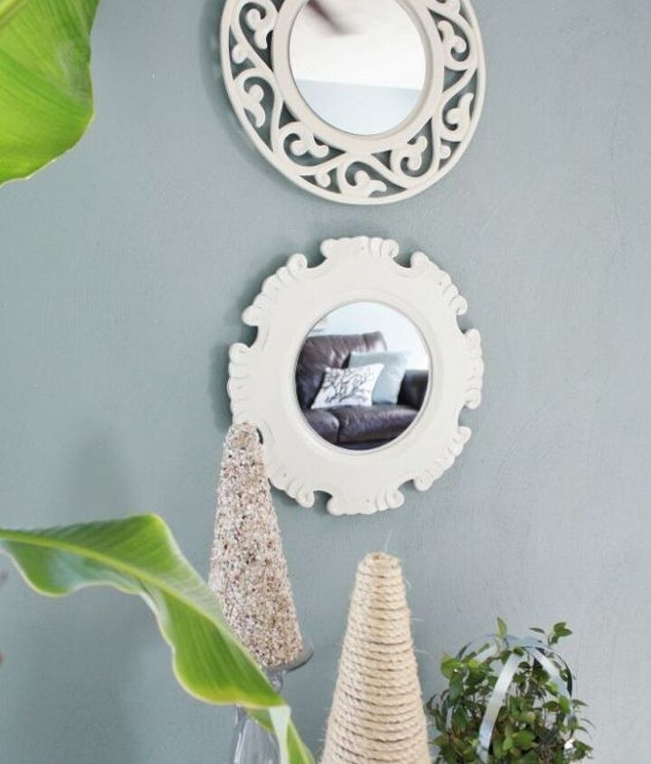 Turn a plate charger into a mirror. A fast & easy wall art craft.