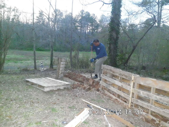 palette fence going in, diy, fences, how to, landscape