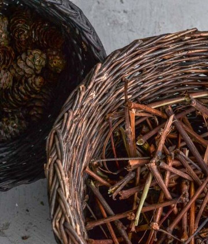 Collect pinecones from the roadside and break grapevine branches at their natural joins. All sizes give it a quirky, rustic look.