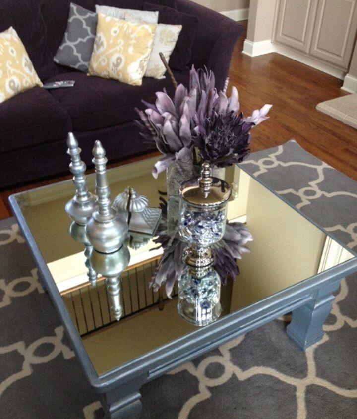 Nikki-made Mirrored Table