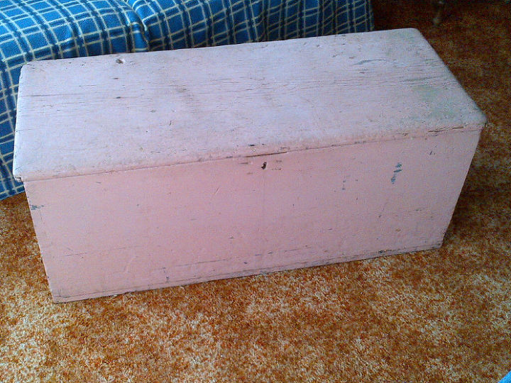 1890 Crude Blanket Box