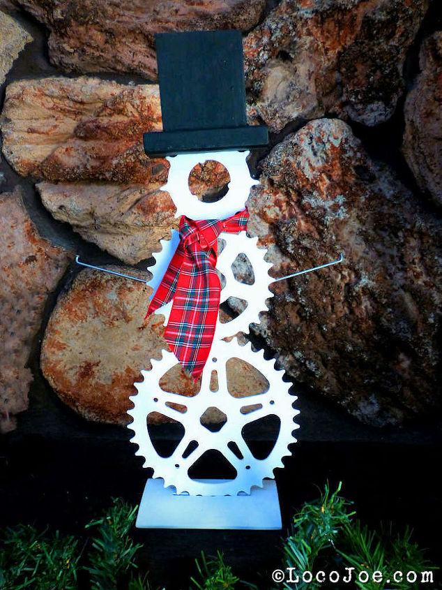 sprocket spoke snowman, repurposing upcycling, seasonal holiday decor
