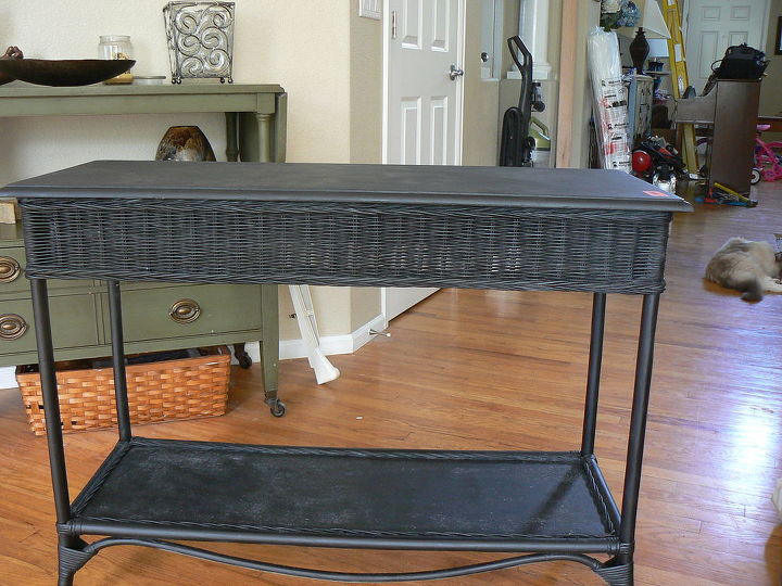 design advice, chalk paint, painted furniture, Entry table help
