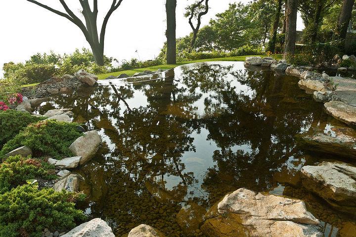 Vanishing edge pond