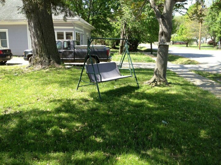 curbside find swing, outdoor furniture, outdoor living, painted furniture, repurposing upcycling