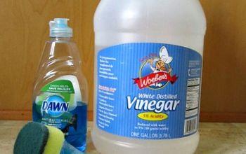 Bathtub Cleaner {Vinegar and Dawn}
