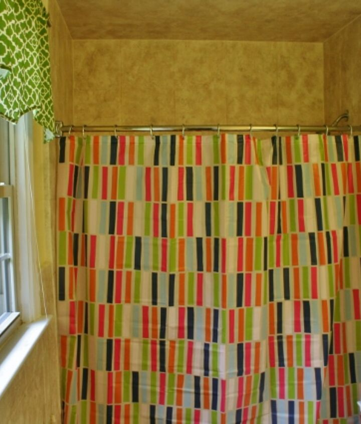 I just love this shower curtain!