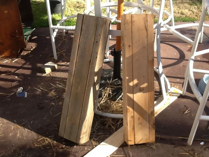 To add height and not waste two pallets, plus already had these available.