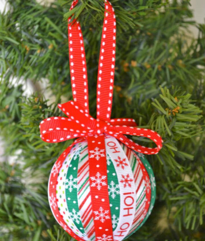 christmas ribbon ornament craft, christmas decorations, crafts, seasonal holiday decor