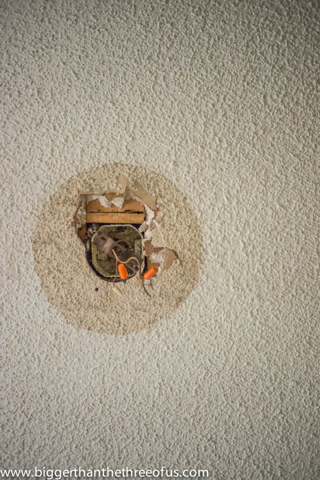 Drywall Amp Popcorn Ceiling Repair In A Few Easy Steps