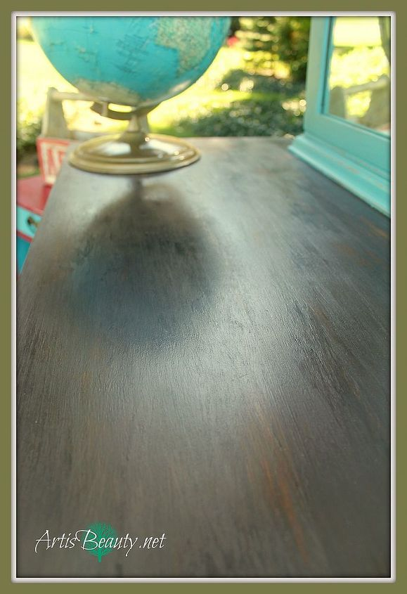 after the paint dried I wax and buffed it to a beautiful shine. It gives the appearance of wood.