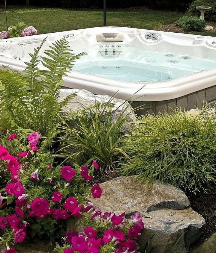 Landscaped Hot Tub surround www.longislandhottub.com