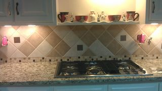 q misery loves company diy not going as expected, kitchen backsplash, tiling, No more Argyle