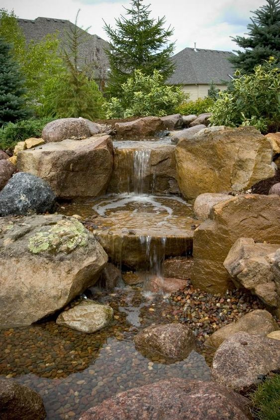 Who doesn't want the sound of refreshing water in the yard?