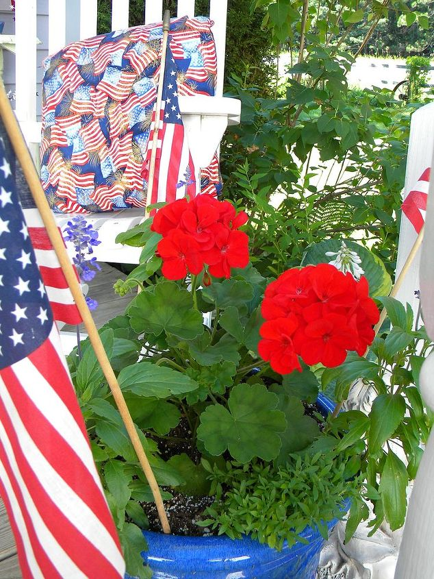 Even the pots get dressed up for the 4th!