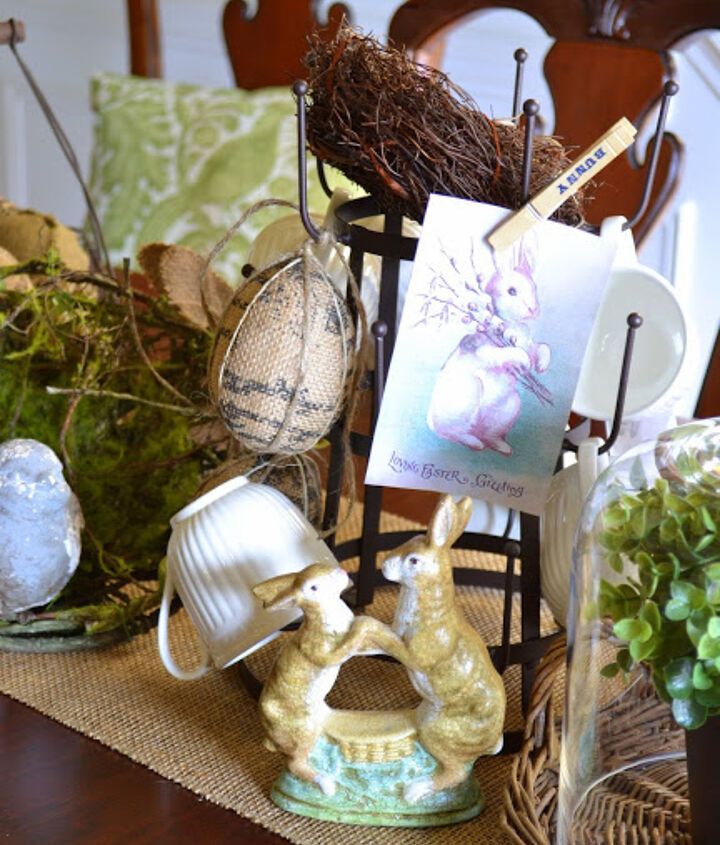 Images of vintage Easter postcards clipped to the mug tree add to the vintage vibe.