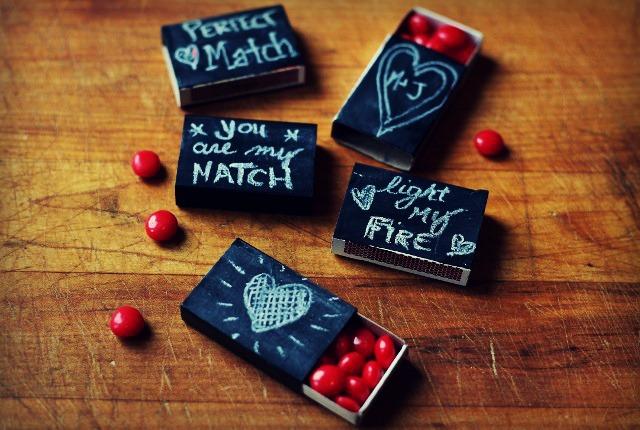 chalkboard matchbox valentine gifts, chalk paint, chalkboard paint, crafts, seasonal holiday decor, valentines day ideas