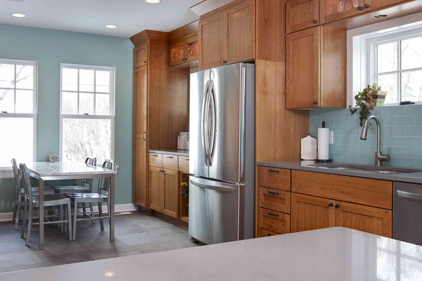 Top Wall Colors For Kitchens With Oak Cabinets Hometalk - Grey kitchen walls with wood cabinets