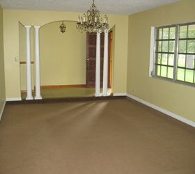 Sunken Living Room With Old Brown Carpet. Part 31