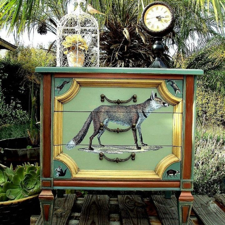 a whimsical foxy woodland side table, painted furniture, A Foxy Little Table