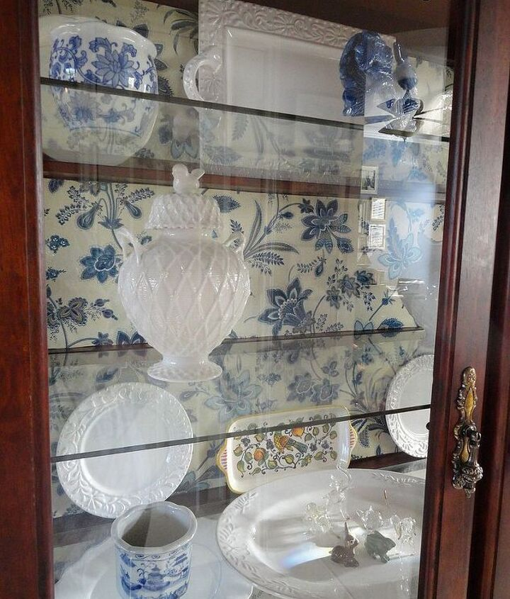 http://thededicatedhouse.blogspot.com/2013/04/china-hutch-part-one.html