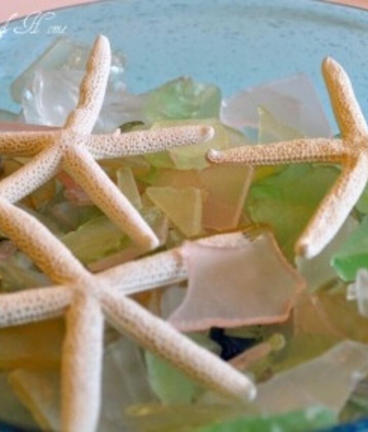 I have loads of sea glass that I bring out for summer decorating...one day I decided to do a little project...
