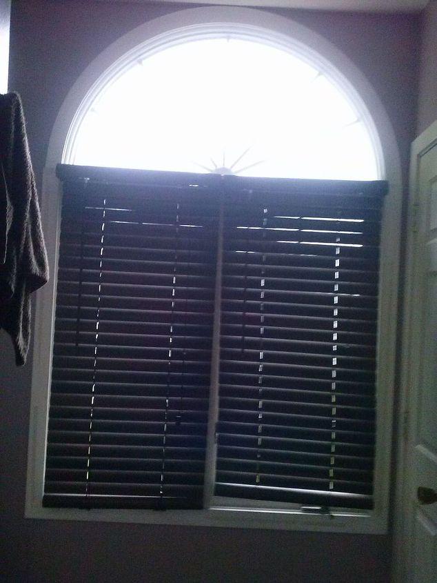 need help with window treatment please, home decor, window treatments, windows