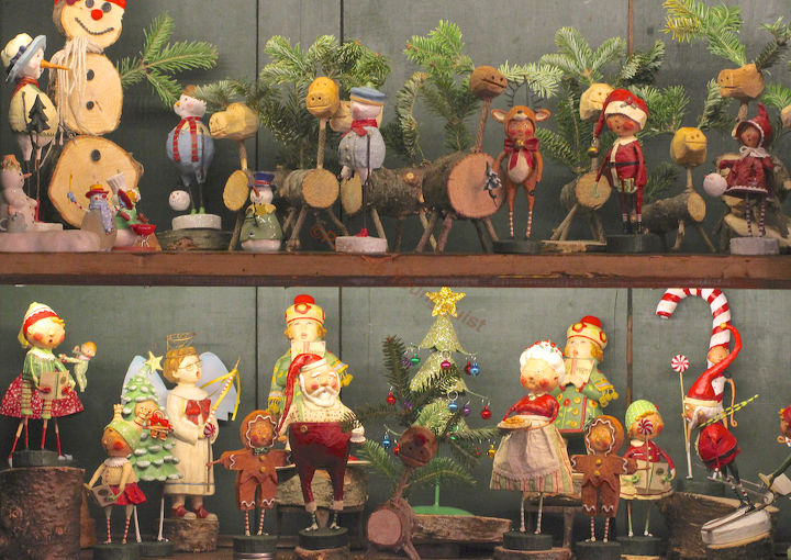 Some of the cast of characters visiting me for the Christmas season are pictured here. The image has been included in prior HT posts and on TLLG's new Pinterest Board @  http://www.pinterest.com/thellgardener/home-for-the-holidays/