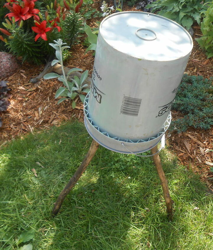cheap and easy rustic bucket stool, concrete masonry, gardening, outdoor living, repurposing upcycling