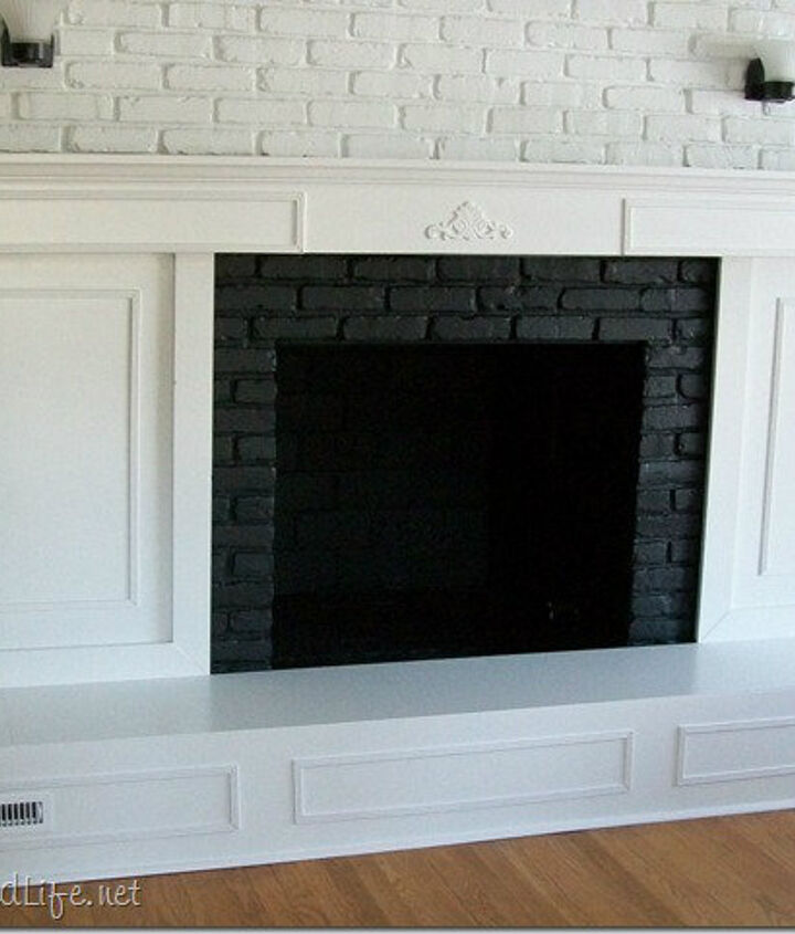 For 25 years I lived with the ugliest fireplace ever.  Why oh why did it take me so long to give her a new look?