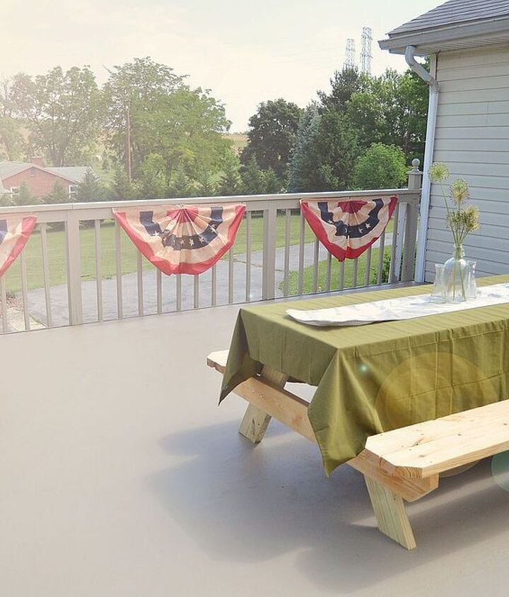 #diy deck design before and after  #outdoors #garden #gardening #doityourself #diydesign #beforeandafter #summerstyle #summer #spring #deck #porch #bestofmay #junemaintenance