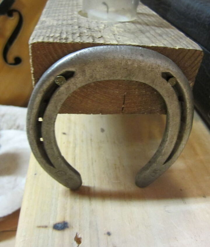 horseshoes attached