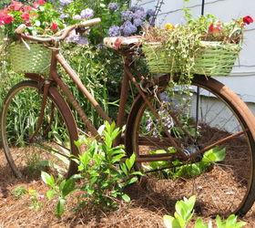Recycled Garden Bike, Gardening, Repurposing Upcycling, Rusty Old Garden  Bike