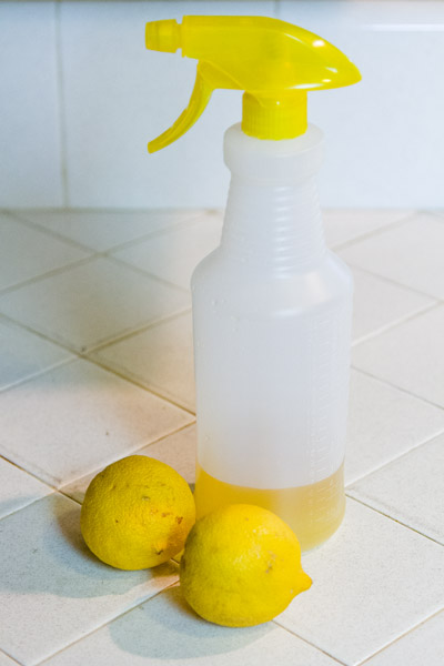 Lemon-Vinegar Cleaner