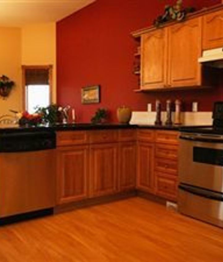 Best Paint Color For Small Kitchen With Oak Cabinets