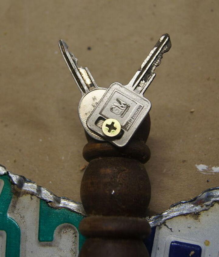 Keys for eyes.