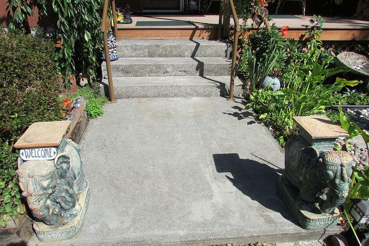 sidewalk make over, concrete masonry, curb appeal, diy, painting, Before